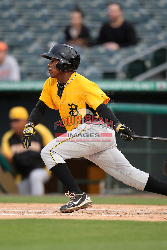 Bradenton Marauders infielder Gift Ngoepe #5 during a game against the Jupiter Hammerheads at Roger Dean Stadium on April 30, 2012 in Jupiter, Florida.  Bradenton defeated Jupiter 8-0.  (Mike Janes/Four Seam Images)