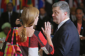 United States Ambassador to the United Nations Samantha Power (L) talks with President Petro Poroshenko of Ukraine during a luncheon hosted by UN Secretary-General Ban Ki-moon at the 70th annual UN General Assembly at UN headquarters September 28, 2015 in New York City. U.S. President Barack Obama will hold a bilateral meeting with Russian President Vladimir Putin later in the day where the two leaders will talk about Ukraine. <br /> Credit: Chip Somodevilla / Pool via CNP