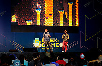 RIO DE JANEIRO, RJ, 21.04.2017 - GEEK-GAME-RJ - Movimentação durante o primeiro Geek & Game Rio Festival, realizado no Centro de Convenções Rio Centro em Jacarepaguá, zona oeste do Rio de Janeiro, na manhã dessa sexta-feira, (21). O evento reúne os bastidores do mundo dos filmes, das séries de TV e dos games. (Foto: Jayson Braga / Brazil Photo Press)