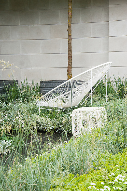 Rooftop Workplace of Tomorrow show garden, Chelsea Flower Show 2012. Designed by Patricia Fox at Aralia Garden Design.