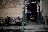 A Yabaoding, le soir aucun bruit de dérange le Tulou qui s'endort au rythme du soleil et de la culture du thé.