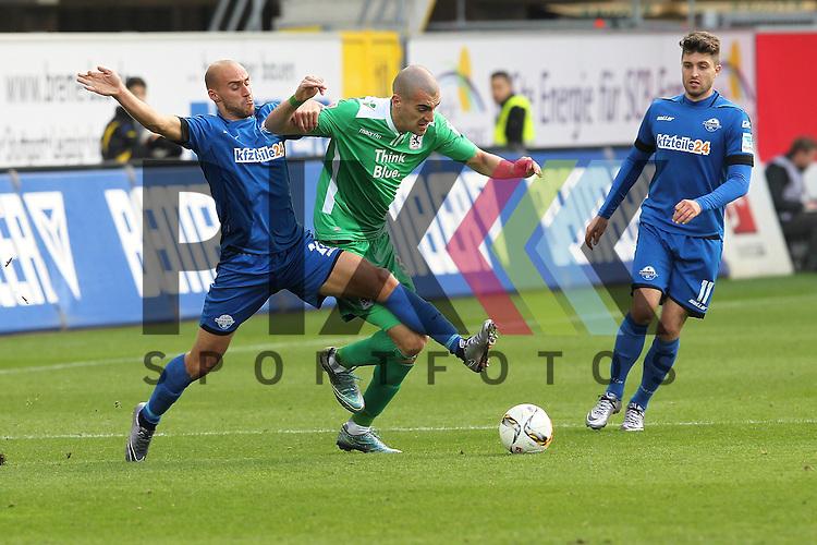 Paderborns Daniel Brueckner (Nr.21) gegen Muenchens Fejsal Mulic (Nr.34)  beim Spiel in der 2. Bundesliga SC Paderborn - TSV 1860 Muenchen.<br /> <br /> Foto &copy; PIX-Sportfotos *** Foto ist honorarpflichtig! *** Auf Anfrage in hoeherer Qualitaet/Aufloesung. Belegexemplar erbeten. Veroeffentlichung ausschliesslich fuer journalistisch-publizistische Zwecke. For editorial use only.