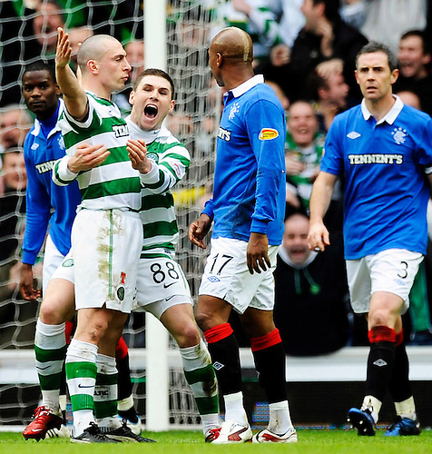 6TH FEB 2011, RANGERS V CELTIC SCOTTISH CUP 5TH ROUND IBROX STADIUM, GLASGOW, SCOTT BROWN CELEBRATES SCORING CELTIC'S SECOND GOAL BY GOADING EL HADJI DIOUF 2-2, ROB CASEY PHOTOGRAPHY.
