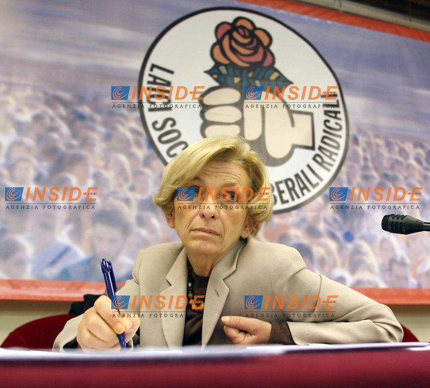 Roma 19-04-2006 Direzione Nazionale della Rosa nel Pugno<br /> Nella foto Emma Bonino <br /> Photo Serena Cremaschi Insidefoto
