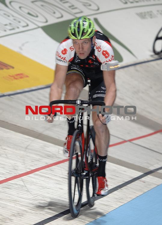 14.01.2014, &Ouml;VB Arena, Bremen, GER, Sixdays Bremen, im Bild Marcel Kalz (Team swb #9)<br /> <br /> Foto &copy; nordphoto / Frisch