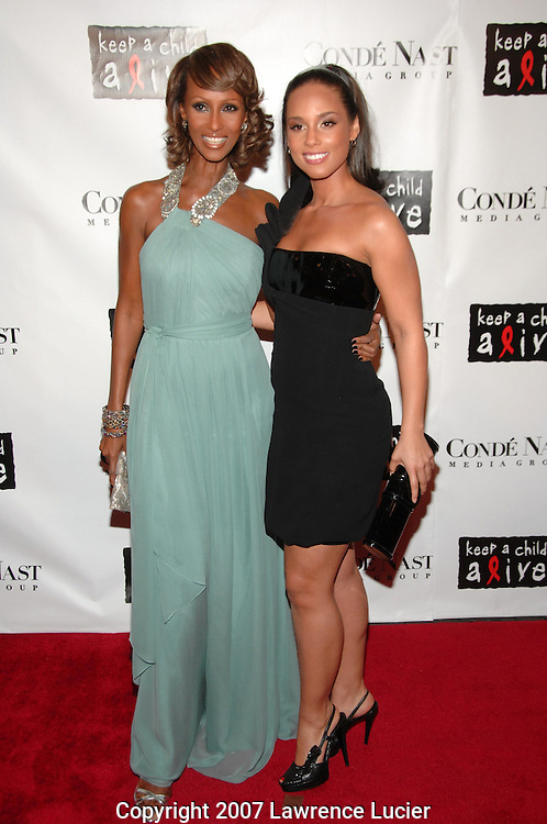 Model Iman and recording artist Alicia Keys arrive at the fourth annual Black Ball to benefit Keep A Child Alive October 25, 2007, at Hammerstein Ballroom in New York City.  (Pictured : IMAN ALICIA KEYS).
