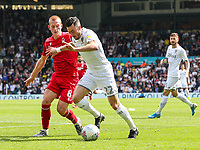 Leeds United's Jack Harrison holds off the challenge from Nottingham Forest's Ben Watson<br /> <br /> Photographer Alex Dodd/CameraSport<br /> <br /> The EFL Sky Bet Championship - Leeds United v Nottingham Forest - Saturday 10th August 2019 - Elland Road - Leeds<br /> <br /> World Copyright © 2019 CameraSport. All rights reserved. 43 Linden Ave. Countesthorpe. Leicester. England. LE8 5PG - Tel: +44 (0) 116 277 4147 - admin@camerasport.com - www.camerasport.com