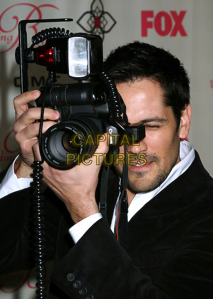 "MICHAEL LANDES.""Wedding Bells"" Series Premiere Launch Party at the Wilshire Ebell Theatre, Los Angeles, California, USA,.9 March 2007..half length camera photo.CAP/ADM/BP.©Byron Purvis/AdMedia/Capital Pictures."