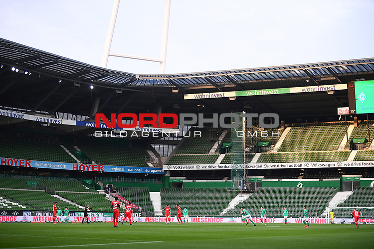 Anpfiff in Bremen.<br /><br />Sport: Fussball: 1. Bundesliga: Saison 19/20: 26. Spieltag: SV Werder Bremen - Bayer 04 Leverkusen, 18.05.2020<br /><br />Foto: Marvin Ibo GŸngšr/GES /Pool / via gumzmedia / nordphoto