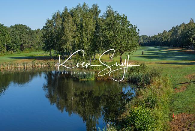 EINDHOVEN   - hole 2 en 5 (r),  Golfbaan Welschap.   COPYRIGHT KOEN SUYK