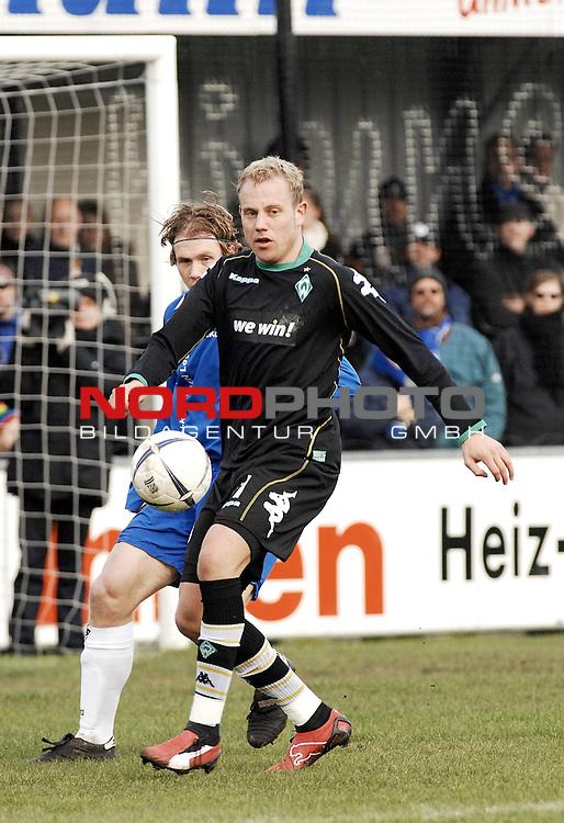 RLN 2006/2007 - 22.Spieltag RŁckrunde <br /> <br /> Kickers Emden - Werder Bremen II<br /> <br /> Frank LŲning <br /> <br /> <br /> <br /> Foto &copy; nordphoto *** Local Caption *** Foto ist honorarpflichtig! zzgl. gesetzl. MwSt.<br /> <br /> Belegexemplar erforderlich