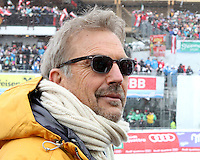 09.02.2013, Planai, Schladming, AUT, FIS Weltmeisterschaften Ski Alpin, Abfahrt,  Herren, im Bild der Schauspieler und Saenger Kevin Costner // the actor and singer Kevin Costner during mens Downhill at the FIS Ski World Championships 2013 at the Planai Course, Schladming, Austria on 2013/02/09. EXPA Pictures © 2013, PhotoCredit: EXPA/ Martin Huber .Schladming 9/2/2013 .Mondiali Sci 2013.Discesa Libera Uomini .Foto Insidefoto - ITALY ONLY
