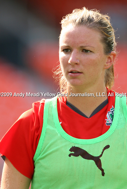 18 July 2009: Saint Louis' Erin Kane. The Washington Freedom defeated Saint Louis Athletica 1-0 at the RFK Stadium in Washington, DC in a regular season Women's Professional Soccer game.