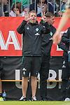 20.07.2018, Parkstadion, Zell am Ziller, AUT, FSP, 1.FBL, SV Werder Bremen (GER) vs 1. FC Koeln (GER)<br /> <br /> im Bild<br /> Florian Kohfeldt (Trainer SV Werder Bremen) mit Anweisungen in Coachingzone / an Seitenlinie, <br /> <br /> Foto © nordphoto / Ewert