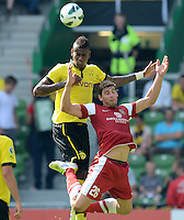 FUSSBALL   DFB POKAL   SAISON 2012/2013   1. Hauptrunde FC Oberneuland - Borussia Dortmund            18.08.2012 Felipe Santana (li, Borussia Dortmund) gegen Nils Laabs (re, FCO)