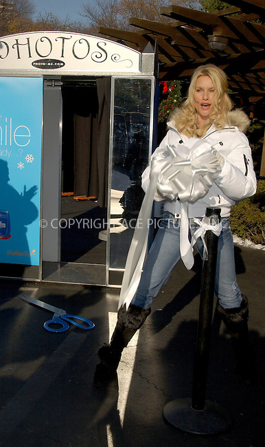 WWW.ACEPIXS.COM . . . . . ....NEW YORK, DECEMBER 7, 2005....Nicollette Sheridan celebrates the opening of Crest Whitestrips premium old fashioned photo booths at Wollman Rink Central Park. ....Please byline: KRISTIN CALLAHAN - ACEPIXS.COM.. . . . . . ..Ace Pictures, Inc:  ..Philip Vaughan (212) 243-8787 or (646) 679 0430..e-mail: info@acepixs.com..web: http://www.acepixs.com