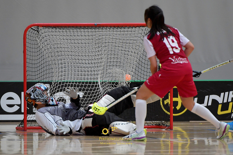Thailand's Somluk Suttipapa in action during the World Floorball Championships 2017 Qualification for Asia Oceania Region - Singapore v Thailand at ASB Sports Centre , Wellington, New Zealand on Sunday 5 February 2017.<br /> Photo by Masanori Udagawa<br /> www.photowellington.photoshelter.com.
