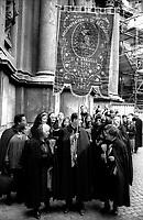 Maggio 1992.Arciconfraternita del SS. Crocefisso in Urbe a Roma che risiede della Chiesa di San Marcello al Corso fondata nell'anno 1519..http://www.confraroma.altervista.org/.
