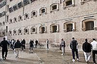 Roma, carcere di Regina Coeli. Il cortile destinato all'ora d'aria dei detenuti.