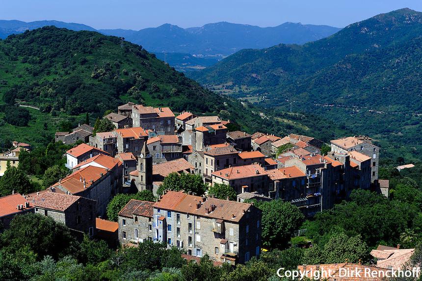 Blick auf Sainte Lucie de Tallano, Korsika, Frankreich