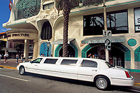 USA, Florida, Miami: Stretch-Limousine | USA, Florida, Miami: Stretch-Limousine
