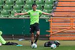 11.05.2018, Weserstadion, Bremen, GER, 1.FBL, Training SV Werder Bremen<br /> <br /> im Bild<br /> Yuning Zhang (Werder Bremen #19), <br /> <br /> Foto &copy; nordphoto / Ewert