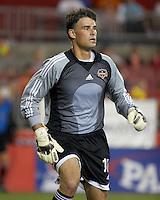 Houston Dynamo goalkeeper Pat Onstad runs for the ball. Houston Dynamo beat DC United 1-0 at Robertson Stadium in Houston, TX on September 30, 2006.