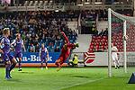 12.10.2018, Stadion an der Bremen Bruecke, Osnabrueck, GER, FSP, 1.FBL, VfL Osnabrueck vs Werder Bremen<br /> <br /> DFL REGULATIONS PROHIBIT ANY USE OF PHOTOGRAPHS AS IMAGE SEQUENCES AND/OR QUASI-VIDEO.<br /> <br /> im Bild / picture shows<br /> Kopfball von Jonah Osabutey (Werder Bremen #54) (nicht im Bild) ist für Philipp Kühn / Kuehn (VfL Osnabrueck #22) nicht erreichbar, Tor zum 1:2, <br /> <br /> Foto © nordphoto / Ewert