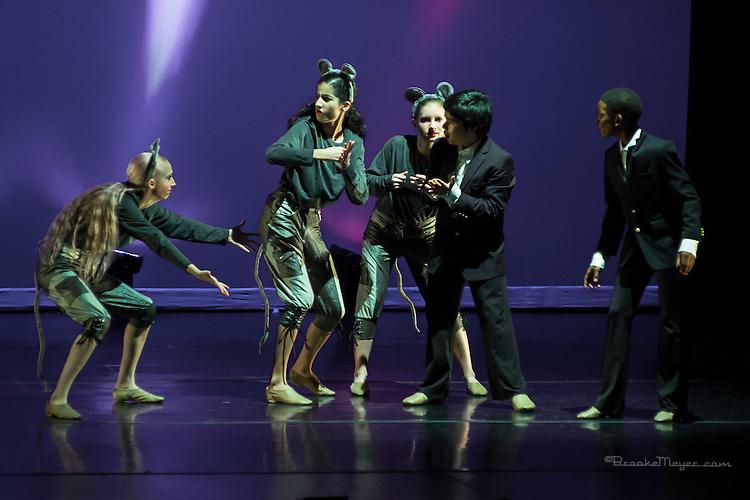 """3D Project Jazz Company, """"The Cracked Nut"""", Fri. Evening Performance, 18 Dec. 2015, Cary Arts Center, Cary, North Carolina."""