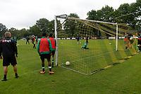 NORG - Voetbal, Trainingskamp FC Groningen, voorbereiding seizoen 2018-2019, 10-07-2018,  afwerken op de goal
