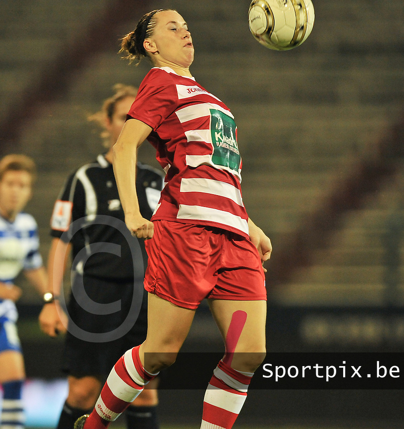 20130913 - ANTWERPEN , BELGIUM : Antwerp Aafke Den Ridder pictured during the female soccer match between Royal Antwerp FC Vrouwen / Ladies and K AA Gent Ladies at the BOSUIL STADIUM , of the fourth matchday in the BENELEAGUE competition. Friday 13 September 2013. PHOTO DAVID CATRY