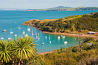 Sailing Boats on Waiheke Island, Auckland, North Island, New Zealand. Waiheke Island is a stunning island just 40 minutes ferry ride from the Auckland ferry terminal. It is an extremely popular island and holiday destination with both local New Zealanders and foreign tourists alike thanks to its 15 vineyards, beautiful beaches and picturesque scenery and walks. The Fullers Waiheke Island Explorer Tour is a great way to see a large part of the island, and at c.$40 (just over £20) including the ferry, its a great, affordable option.