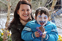 REPRO FREE: EASTER SUNDAY EGG HINT TRALEE:.Mary and Shane Brosnan from Gortalea, Tralee pictured at the Cadbury Easter Egg Hunt in the Ballygarry House Hotel & Spa in Tralee on Easter Sunday..Picture by Don MacMonagle