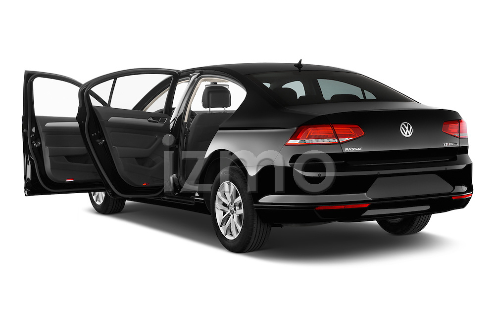 Car images of a 2015 Volkswagen Passat Comfort 4 Door Sedan Doors