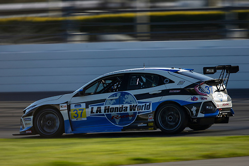 #37 LA Honda World Racing Honda Civic TCR, TCR: Tom O'Gorman, Mike LaMarra