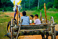 On the road leading to Kyaikpun Pagoda, 4 km. south of Bago (Pegu), Burma, Myanmar