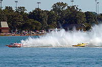 "Jimmy King, GP-10 ""The Charger"", Mathew Daoust, GP-9 and Jerry Hopp, GP-15 ""Happy Go Lucky"" (Grand Prix Hydroplane(s)"