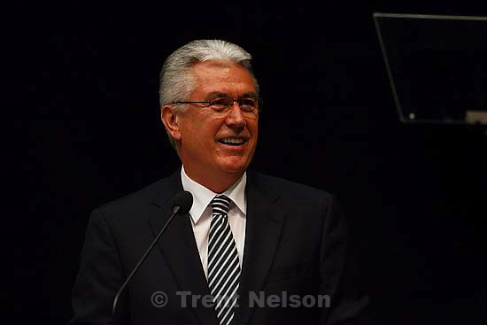 Orem - Dieter F. Uchtdorf, second counselor in the LDS Church's First Presidency, spoke to students at Utah Valley University, Tuesday October 28, 2008.