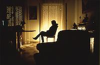 Piera Aiello started to collaborate with Justice through the antimafia judge Paolo Borsellino, who helped her to enter the witness programme protection, her sister in law Rita Atria shared her choice, but she committed suicide after the murder of the judge.<br /> <br /> Piera Aiello inizi? a collaborare con la giustizia con il giudice Paolo Borsellino, il quale la fece entrare nel programma di protezione testimoni, la cognata Rita Atria segui' il suo esempio, ma si suicido' dopo la strage di via D'amelio.