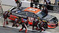 Clint Bowyer pit stop, Coke Zero 400, Daytona International Speedway, Daytona Beach , Florida, July 2014.  (Photo by Brian Cleary/www.bcpix.com)