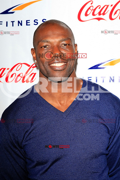 Terrell Owens at the Grand Opening Celebrity VIP Reception of the FIRST SIGNATURE LA FITNESS CLUB, Woodland Hills, Los Angeles, California, 02.06.2012...Credit: Martin Smith/face to face /MediaPunch Inc. ***FOR USA ONLY***