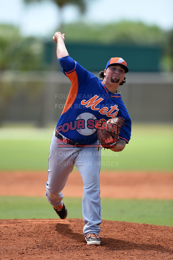 New York Mets pitcher Rob Whalen (24) during a minor league spring training game against the St. Louis Cardinals on April 1, 2015 at the Roger Dean Complex in Jupiter, Florida.  (Mike Janes/Four Seam Images)