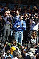 SAO PAULO, SP, 24 JUNHO 2012 - CONVENCAO MUNICIPAL - PMDB -  O vice presidente da Republica Michel Temer ao lado do candidato a prefeitura Gabriel Chalita durante Convencao do PMDB na Praca da Se neste domingo, 24. (FOTO: WILLIAM VOCOV / BRAZIL PHOTO PRESS).