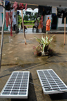"Asien Suedasien Indien Westbengalen , mikrofinaziertes Solar Home System zur Energieversorgung - renewables Energie laendliche Entwicklung xagndaz | .South asia India West-Bengal , Sundarbans the delta of Ganges river , micro-financed solar home system for rural electrification - renewable energy rural development .| [ copyright (c) Joerg Boethling / agenda , Veroeffentlichung nur gegen Honorar und Belegexemplar an / publication only with royalties and copy to:  agenda PG   Rothestr. 66   Germany D-22765 Hamburg   ph. ++49 40 391 907 14   e-mail: boethling@agenda-fototext.de   www.agenda-fototext.de   Bank: Hamburger Sparkasse  BLZ 200 505 50  Kto. 1281 120 178   IBAN: DE96 2005 0550 1281 1201 78   BIC: ""HASPDEHH"" ,  WEITERE MOTIVE ZU DIESEM THEMA SIND VORHANDEN!! MORE PICTURES ON THIS SUBJECT AVAILABLE!!  ] [#0,26,121#]"