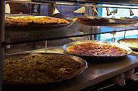 SAO PAULO, 10 DE JULHO DE 2012 - DIA DA PIZZA - Pizzarias aguardam grande movimentacao nesta terca feira (10), dia da pizza, na regiao central da capital. O Dia da Pizza é comemorado em 10 de julho, desde 1985, em São Paulo. FOTO: ALEXANDRE MOREIRA - BRAZIL PHOTO PRESS
