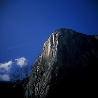 Images from Yosemite National Park early morning and late afternoon in April. <br /> <br /> The images in this gallery are taken on a very cheep plastic camera named Holga, the lens is also plastic and due to the bad quality of the lens the images get this &quot;soft look&quot;.  6x6 film was used and the photos are high resolution or 4000x4000 pixels.