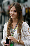 Motorsports / Formula 1: World Championship 2009, GP of Spain,  Jessica Michibata, girlfriend of 22 Jenson Button (GBR, Brawn GP)