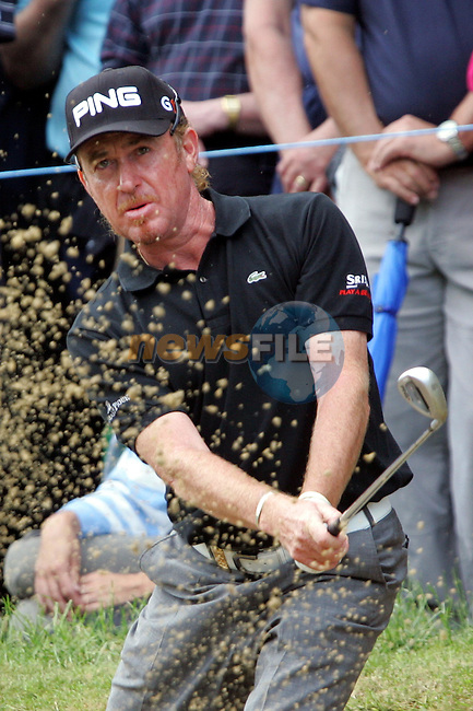 Miguel Angel Jimenez from the greenside bunker on the 14th tee in the final round of the BMW PGA Championship at the Wentworth Club, Surrey, England - 25th May 2008 (Photo by Manus O'Reilly/GOLFFILE)