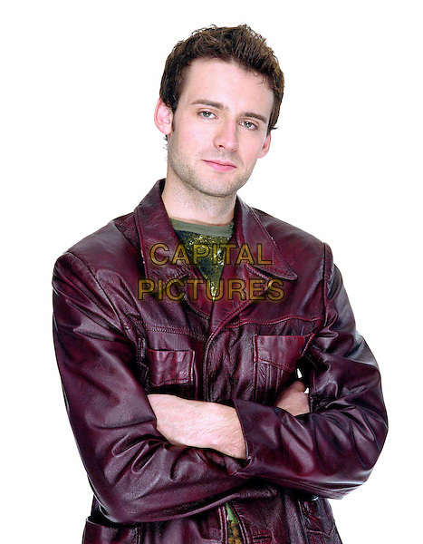 DEAD LIKE ME    TV SERIES, 2003.CALLUM BLUE.Filmstill - Editorial Use Only.Ref: FB.sales@capitalpictures.com.www.capitalpictures.com.Supplied by Capital Pictures.