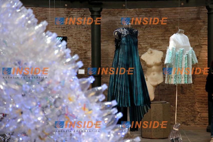 Santo Costanzo<br /> Roma 03-04-2016 Terme di Diocleziano. Mostra 'In Acqua: H2O molecole di creativita'. Decine di stilisti hanno creato, per l'occasione, abiti, accessori e gioielli che richiamano l'acqua.<br /> Diocleziano Thermae. Exhibition 'In water: H2O molecules of creativity'.Tens of famous stylists created dresses, accessories and jewels that recall water.<br /> Photo Samantha Zucchi Insidefoto